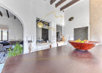 csm_Grosses-Mediterranes-Dorfhaus-in-Andratx-mit-privatem-Garten---K--che-Luxury_Estates_Mallorca-Foto_370971_8c84b15064